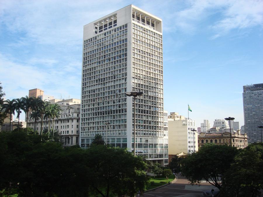 Lucjan Korngold, CBI Esplanada skyscraper,  São Paulo, 1948, photo: São Paulo na foto