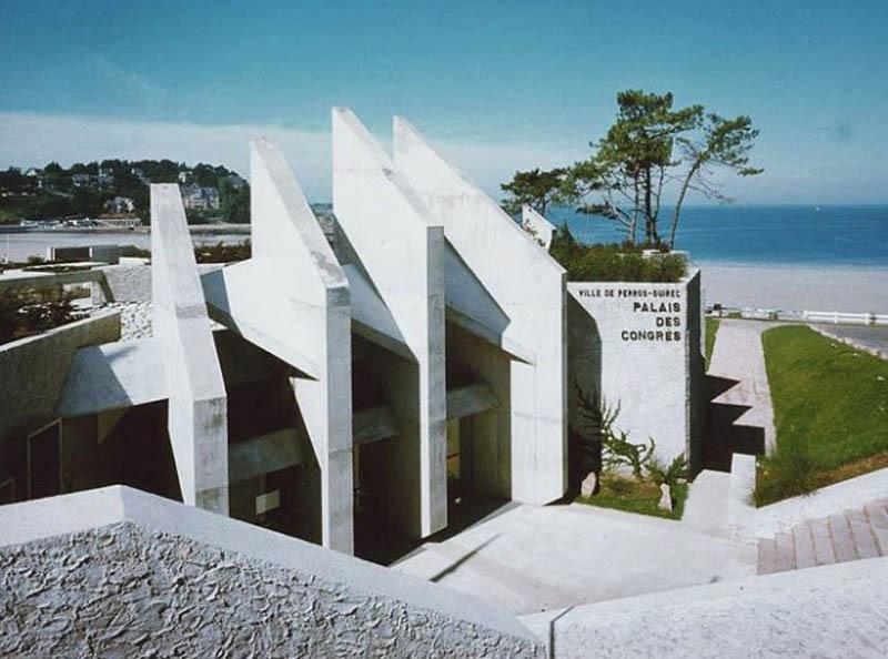 Sala kongresowa w Perros Guirec w Bretanii, projekt: Andre (Andrzeja) Mrowca, fot. dzięki uprzejmości architekta