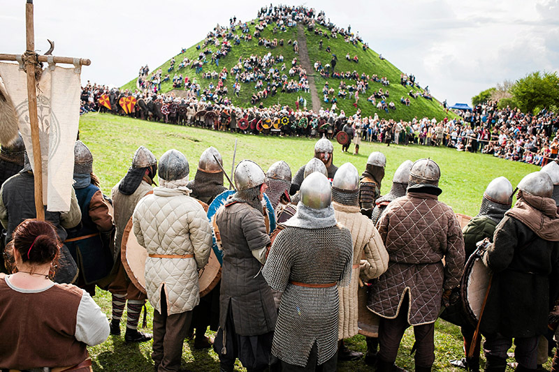 Празднование Ренкавки на Кургане Крака, Краков, 2014, фото: Яцек Смотер / Agencja Gazeta