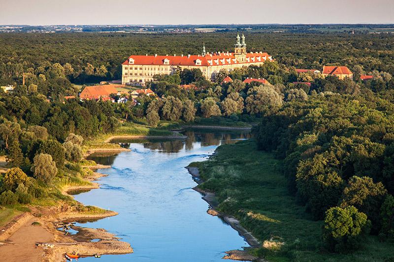 Cysterian Abbey in Lubiąż, photo: Wojciech Wojcik / Forum