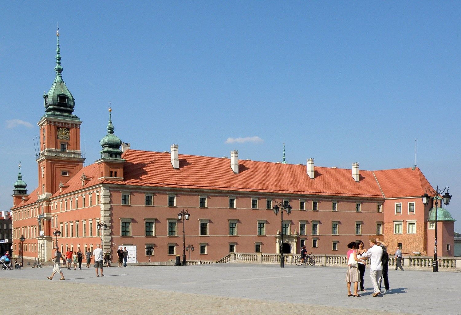 The Royal Castle in Warsaw, source: wikipedia