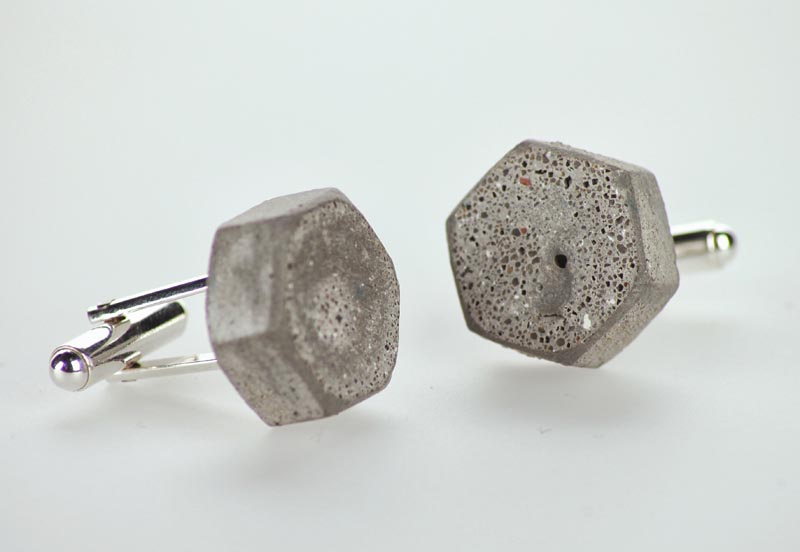 Struktu concrete jewellery, a Must Have 2013 winner, designed by Sylwia Kochaniec & Marek Sułek, manufactured by Stage&Design, photo: Łódź Design Festival 2013