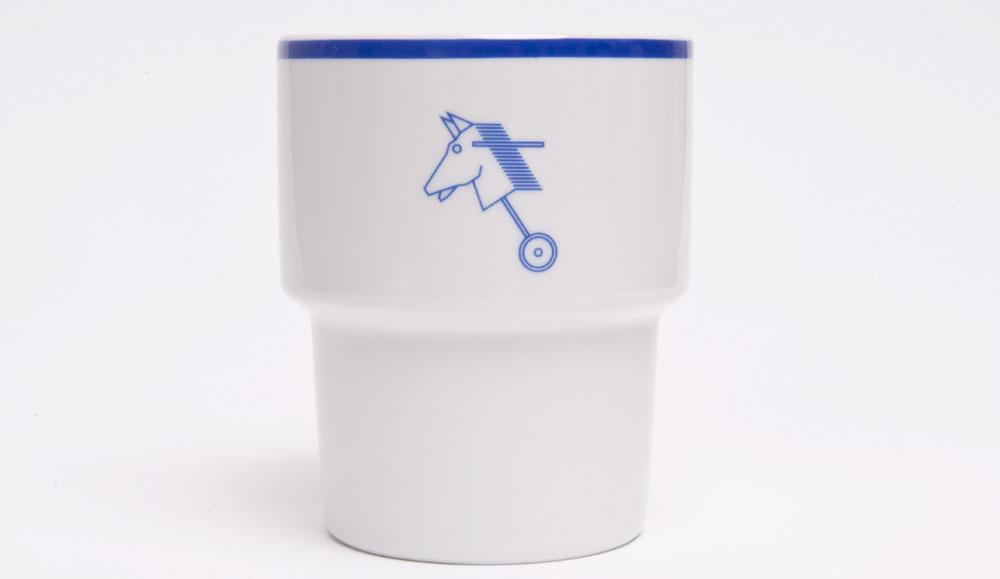"""Canteen mug (Mamsam) """"Horse"""", project: Olek Modzelewski, photo: Mamsam"""