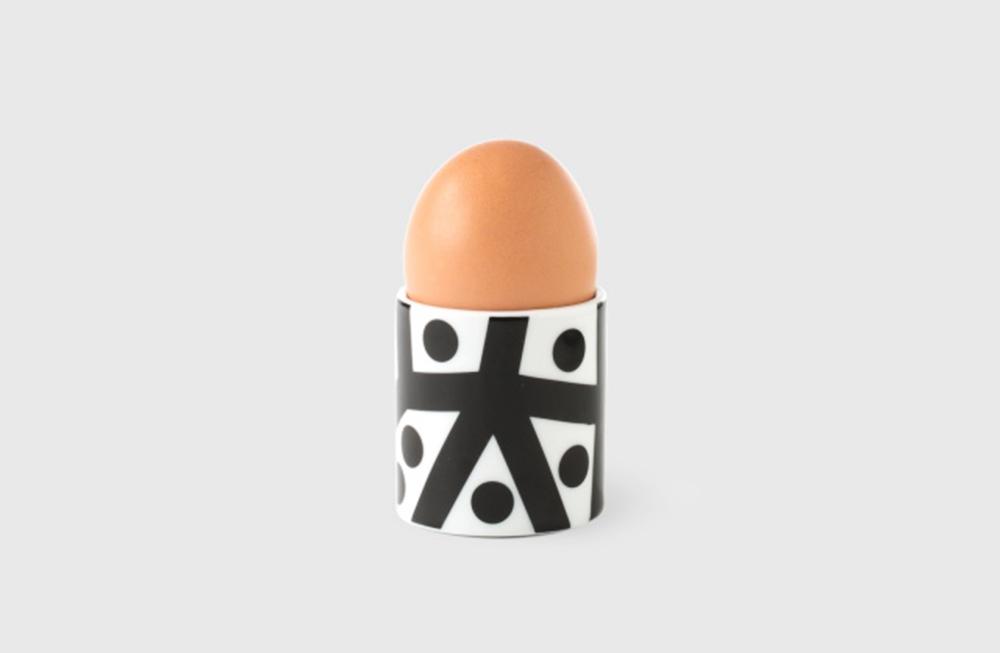 Nathalie&George egg cup, designed by Maria Jeglińska, photo: https://www.kristoffdesignline.pl