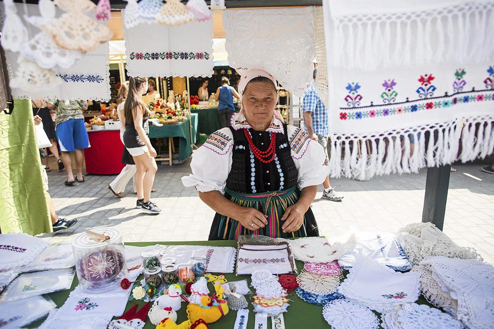 The 39th International Fair of Folk Art, Main Square in Kraków, photo: Michał Lepecki / AG
