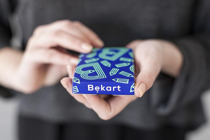 """Gra karciana """"Bękart"""", projekt: Studio Bękarty, Element Talks, poznańscy projektanci, źródło zdjęcia: bekarty.pl"""