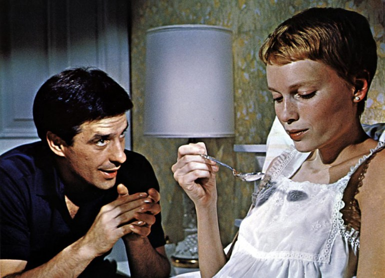 Mia Farrow (Rosemary Woodhause) and John Cassavetes (Guy Woodhause) in Roman Polański's ROmsemary's Baby, 1968, photo: CAP/STF/PEL / Forum