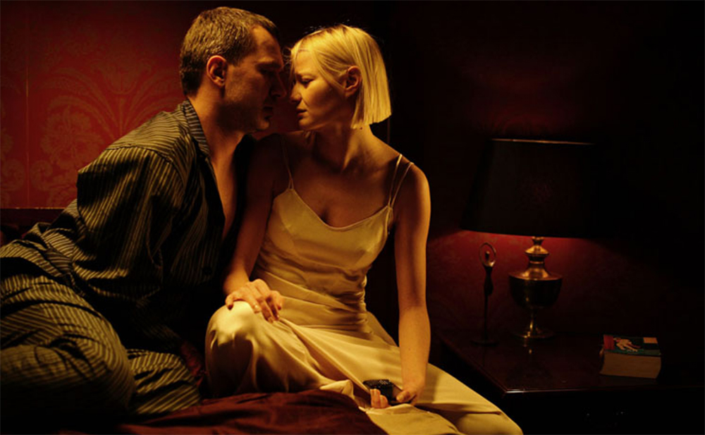 """Kadr z filmu """"Senność, reżyseria:  Magdalena Piekorz, 2008. Na zdjęciu: Małgorzata Kożuchowska i Michał Żebrowski, fot. Agata Stoińska"""
