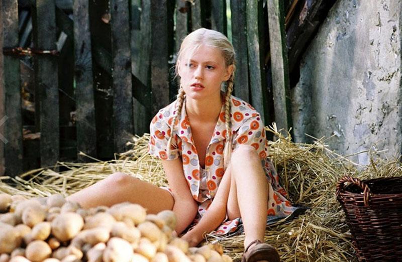 """Sandra Samos Krzysztof w filmie """"Pornografia"""", reżyseria: Jan Jakub Kolski,  2003, fot. Syrena EG"""