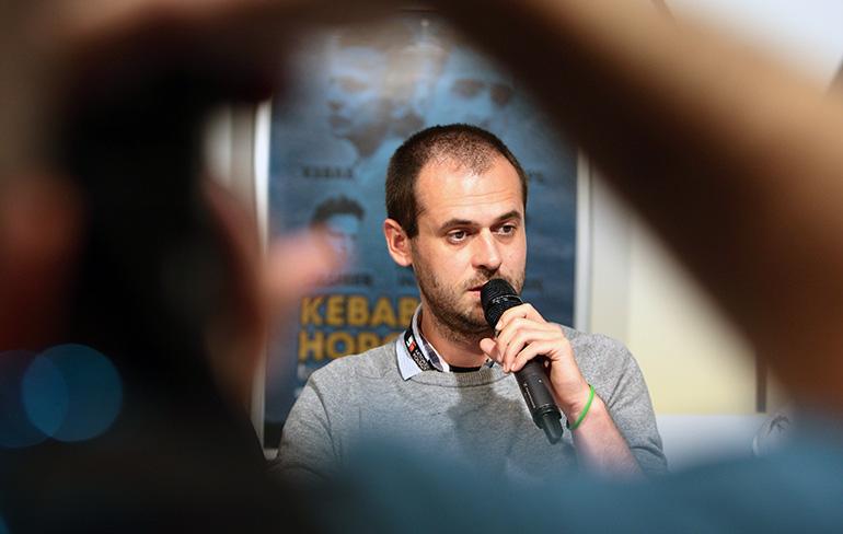 """Grzegorz Jaroszuk, at the """"Kebab and Horoscope"""" press conference, photo: Henryk Przondziono / Foto Gość / Forum"""