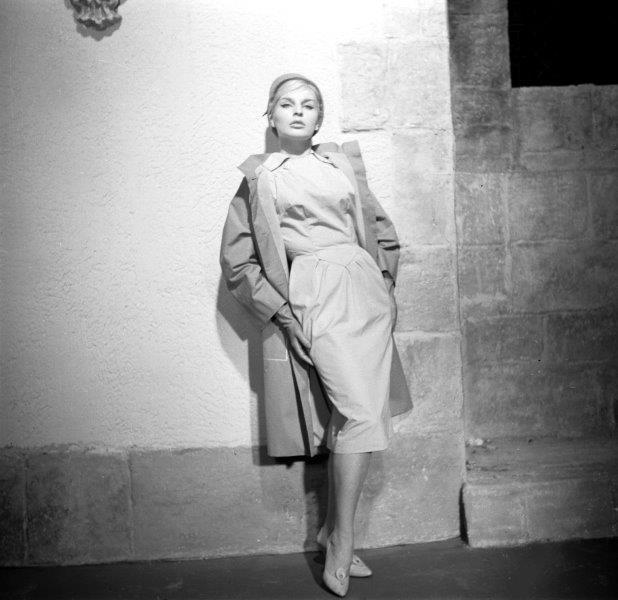 Ewa Maria Morelle w stroju domu mody Telimena fot. Jerzy Neugebauer