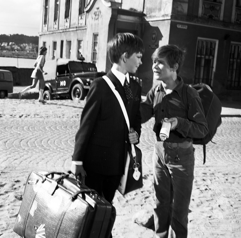 """Kadr z filmu """"Podróż za jeden uśmiech"""", reżyseria: Stanisław Jędryka, 1972, fot. Studio Filmowe Kadr/ Filmoteka Narodowa/www.fototeka.fn.org.pl"""