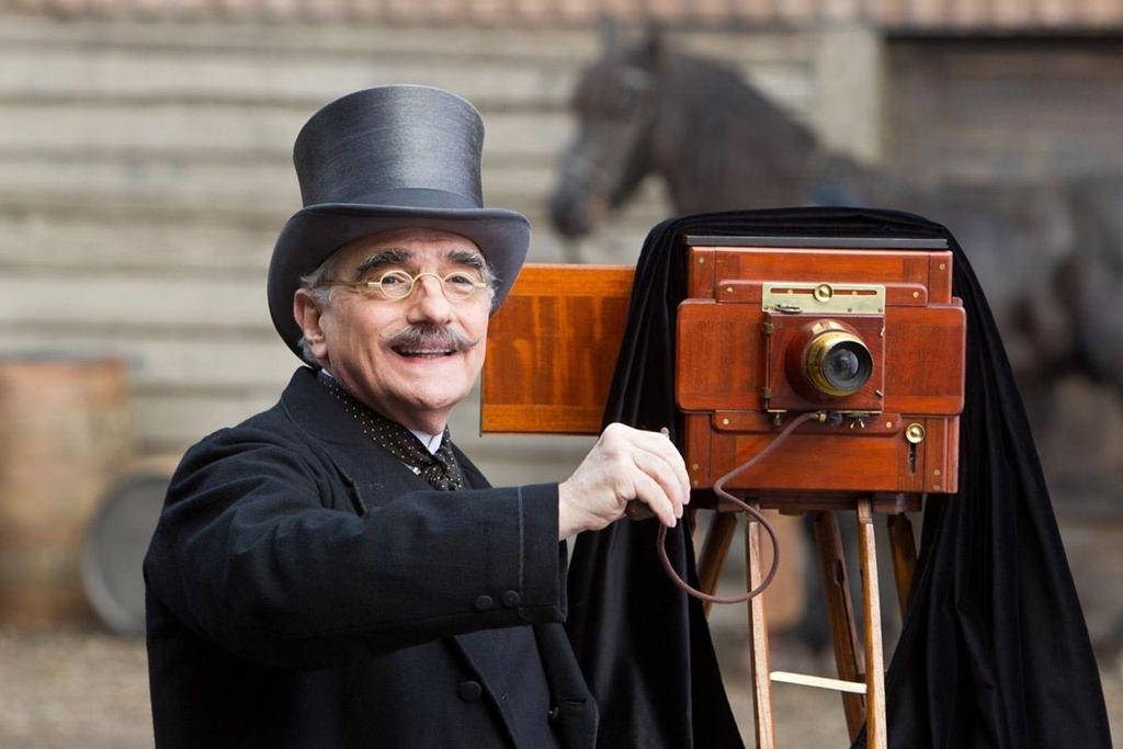 """Martin Scorsese w filmie """"Hugo i jego wynalazek"""", fot. mat. promocyjne."""