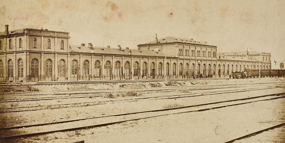 Warszawa, dworzec Kolei Warszawsko–Petersburskiej na Pradze, 1863. Zbiory: Muzeum Narodowe w Warszawie.