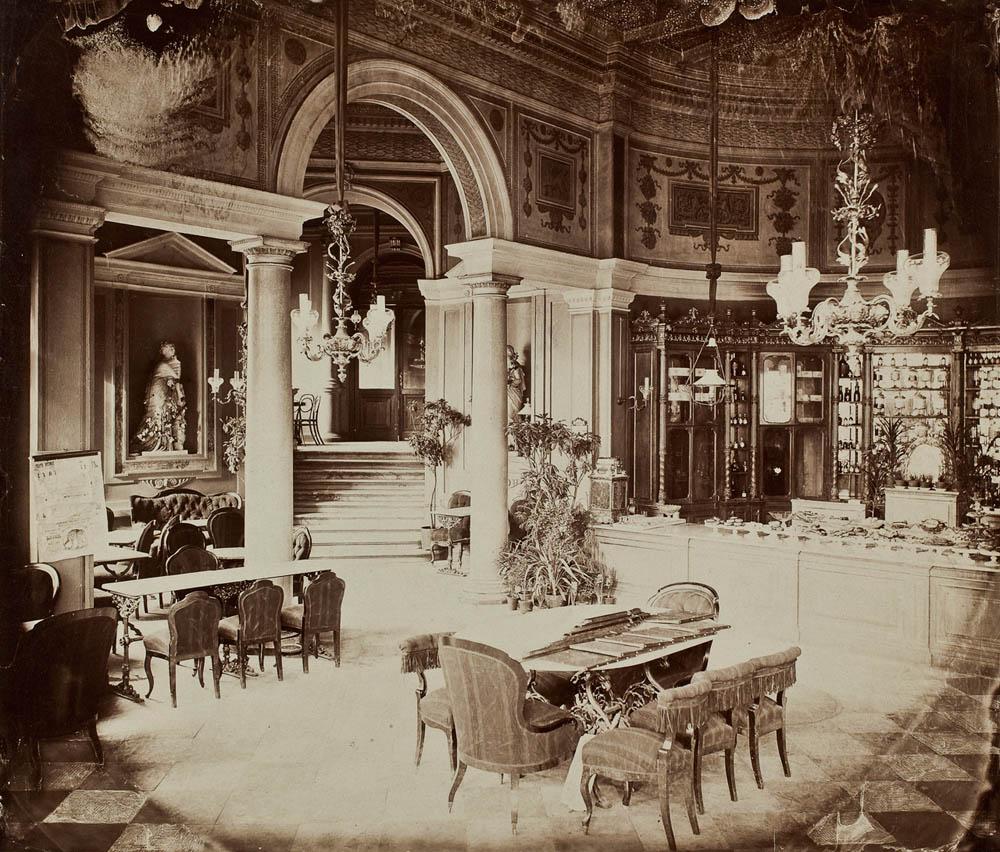 Warszawa, cukiernia Lourse'a w Hotelu Europejskim, 1872. Zbiory: Muzeum Narodowe w Warszawie