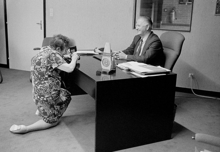 Zofia Rydet fotografuje Stanisa Solocha, fot. Maciej Plewiński / Forum