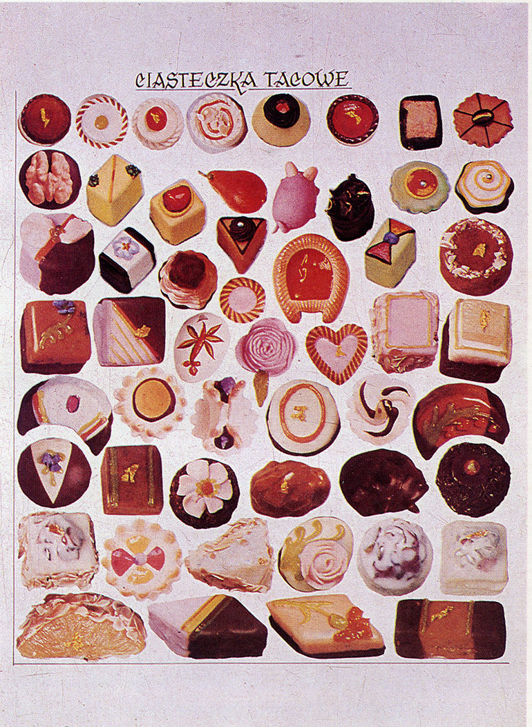 Small sweet cakes, photo from the book of Wojciech Herbaczyński, scan by Culture.pl