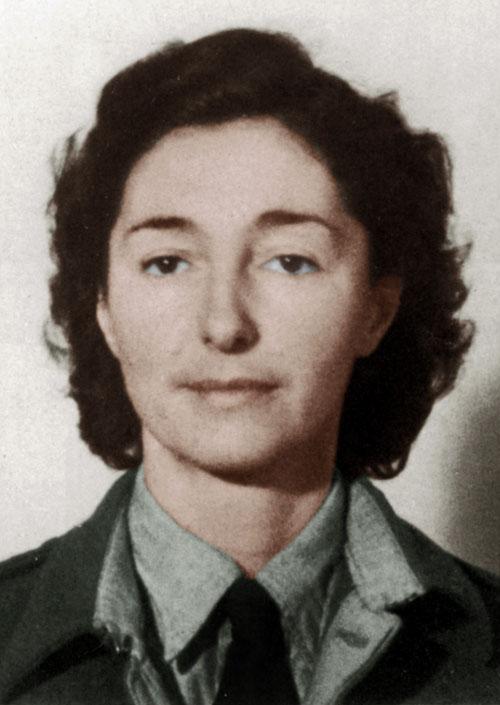 Krystyna Skarbek, photo: Collection PVDE/FORUM