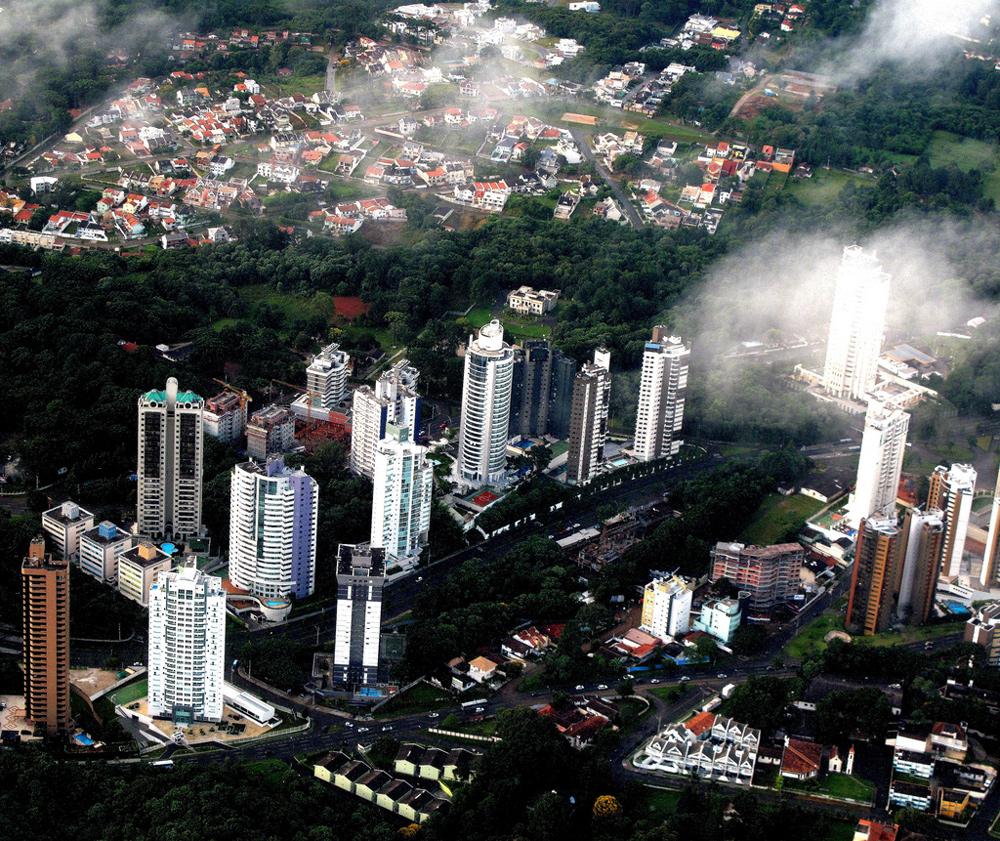 Curitiba from above, photo: Francisco Anzola / CC / Flickr.com