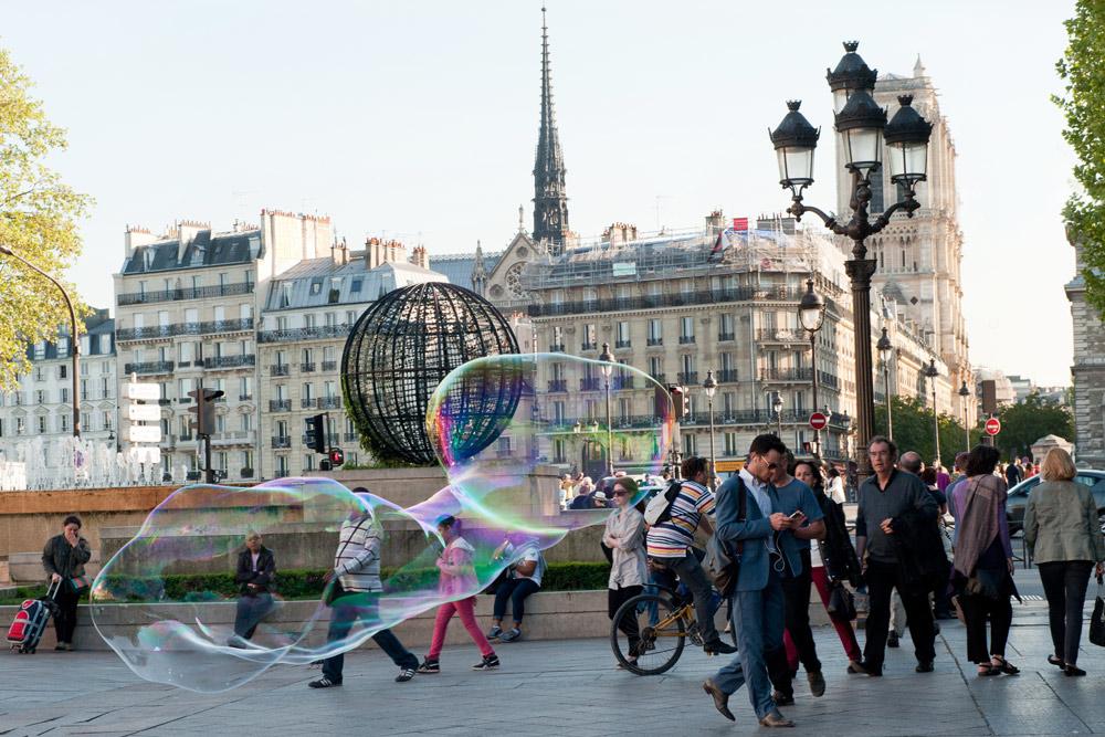 Paris. Photo: Marta Darowska / Reporter