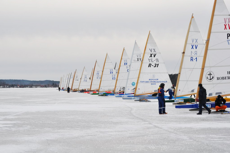 Giżycko, ice boating, photo: www.masurianlakedistrict.com