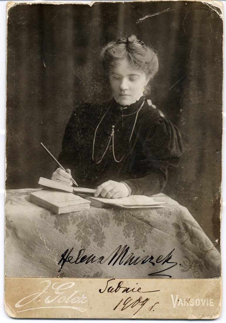 Helena Mniszkówna, Warsaw, 1909, photo by Jadwiga Golcz, from the Collection of Museum of Literature / East News