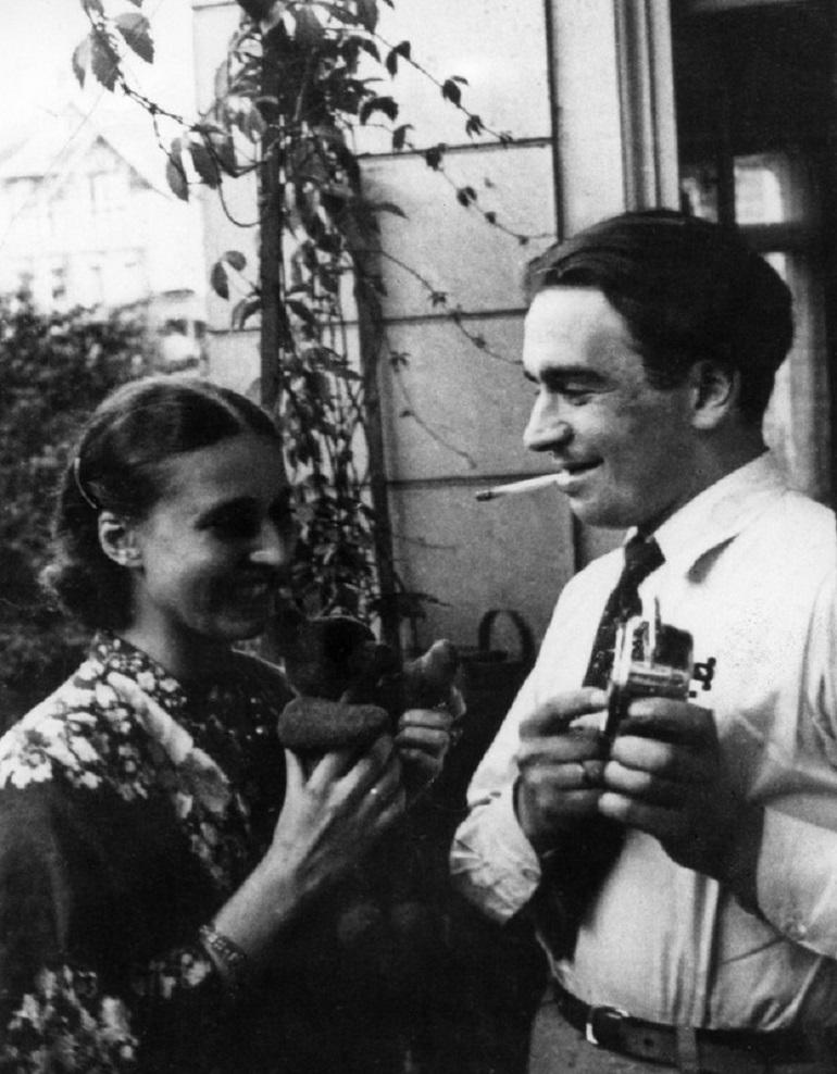 Natalia Gałczyńska i Konstanty Ildefons Gałczyński w dniu ślubu, Warszawa 01.06.1930