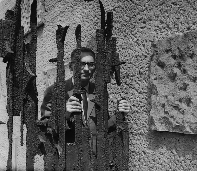 Władysław Bartoszewski, the Pawiak prison, Warsaw, 1967, photo by Tadeusz Rolke