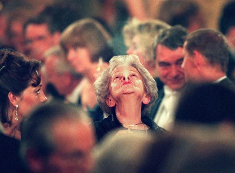 Wisława Szymborska na gali z okazji przyznania Nagrody Nobla, Town Hall, Sztokholm, 1996, fot. Soren Andersson / AP / East News