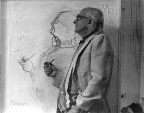 Portret Stefana Themersona na tle obrazu Franciszki Themerson, dzięki uprzejmości CSW w Warszawie