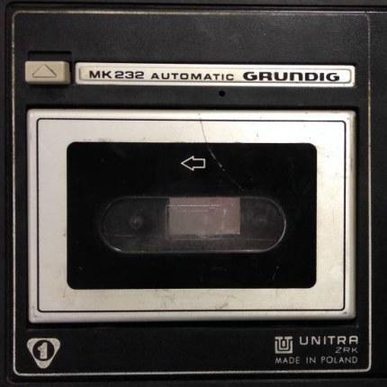 Grundig MK 232 - na taki magnetofon Miron Białoszewski przez wiele lat nagrywał swój głos, fot. Kasia Łuka