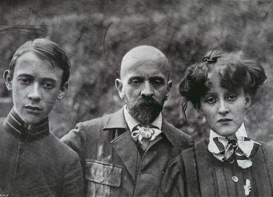 Jacek Malczewski z rodziną, 1908, fot. Ł. Dobrzański/domena publiczna
