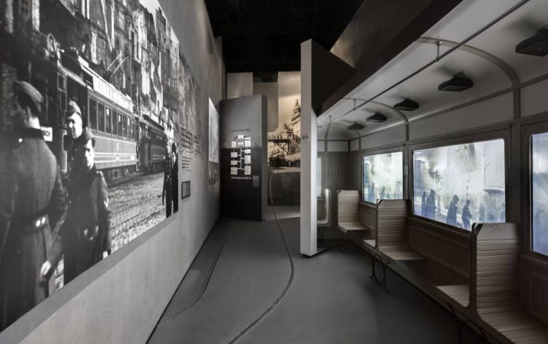 Arian street - part of the Holocaust gallery, photo: Magda Starowieyska