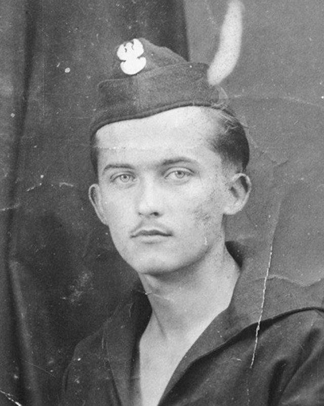 Jerzy Ficowski as a soldier. Photo courtesy of the National Digital Archives