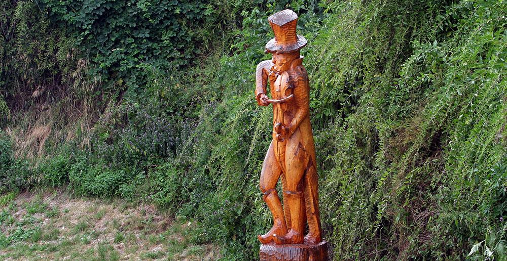 Monument to  the infamous beetle in Szczebrzeszyn, photo: Iwona Burdzanowska/AG