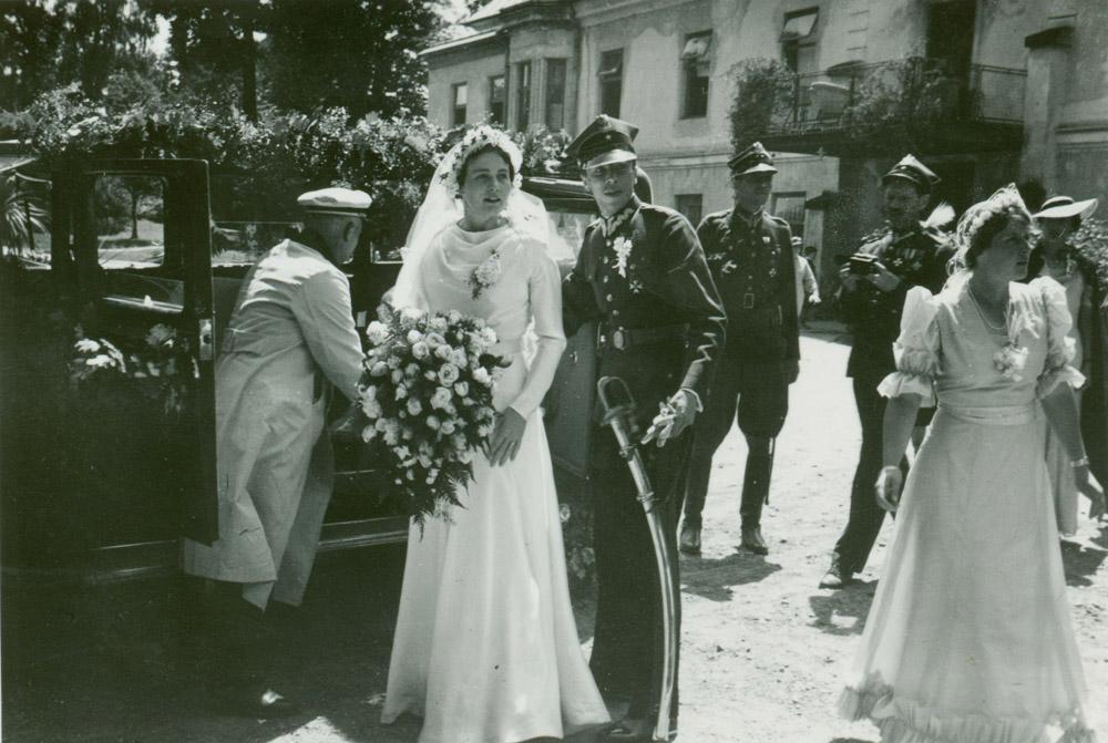 Ślub Adama i Jadwigi ze Stadnickich Czartoryskich, Nawojowa, 24 czerwca 1937 r.