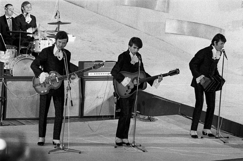 Czerwone Gitary na festiwalu Opole '69, fot. Leszek Łożyński/Reporter