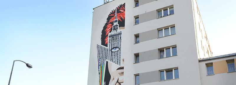 Mural dedicated to the late rock star David Bowie, on a building in Warsaw, Poland, photo: Fotolink / East News
