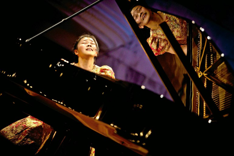 Fei Dong, the 16th International Fryderyk Chopin Piano Competition in 2010Warsaw. Photo: Adam Kozak / AG