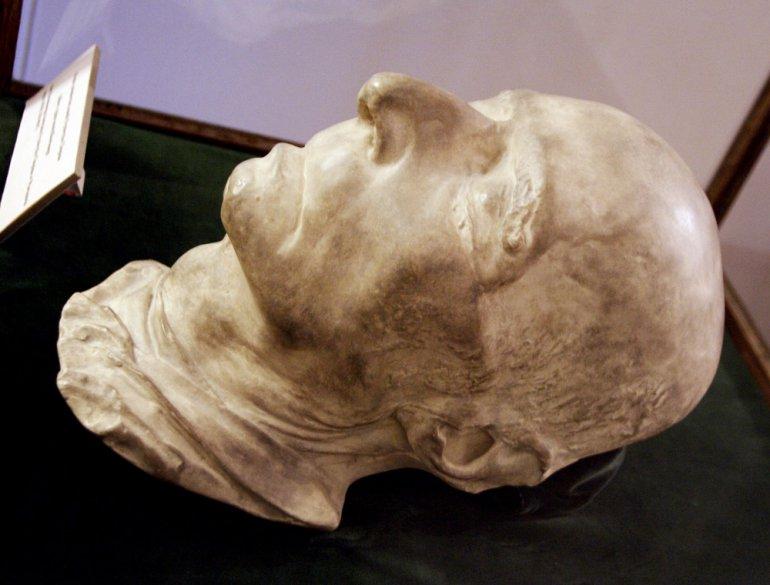 Maska posmiertna Chopina w zbiorach Muzeum Czartoryskich w Krakowie, fot.  Grzegorz Kozakiewicz / Forum