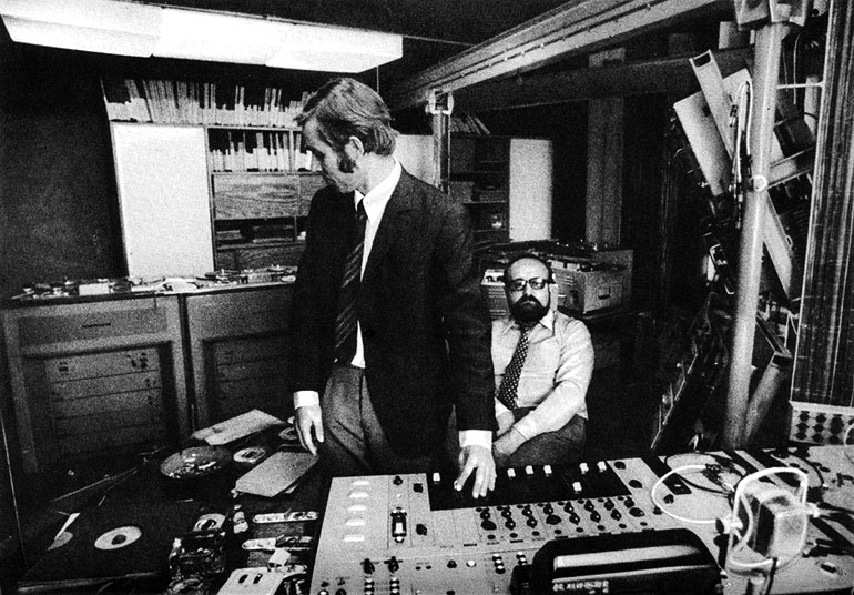"Eugeniusz Rudnik and Krzysztof Penderecki at the Experimental Studio of the Polish Radio, April 1972, photograph from Ludwik Erhardt's book ""Spotkania z Krzysztofem Pendereckim"" (Meetings with Penderecki)"