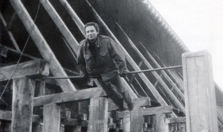 Edward Stachura, Ciechocinek, ok. 1970, fot. Zbiory Muzeum Literatury / East News