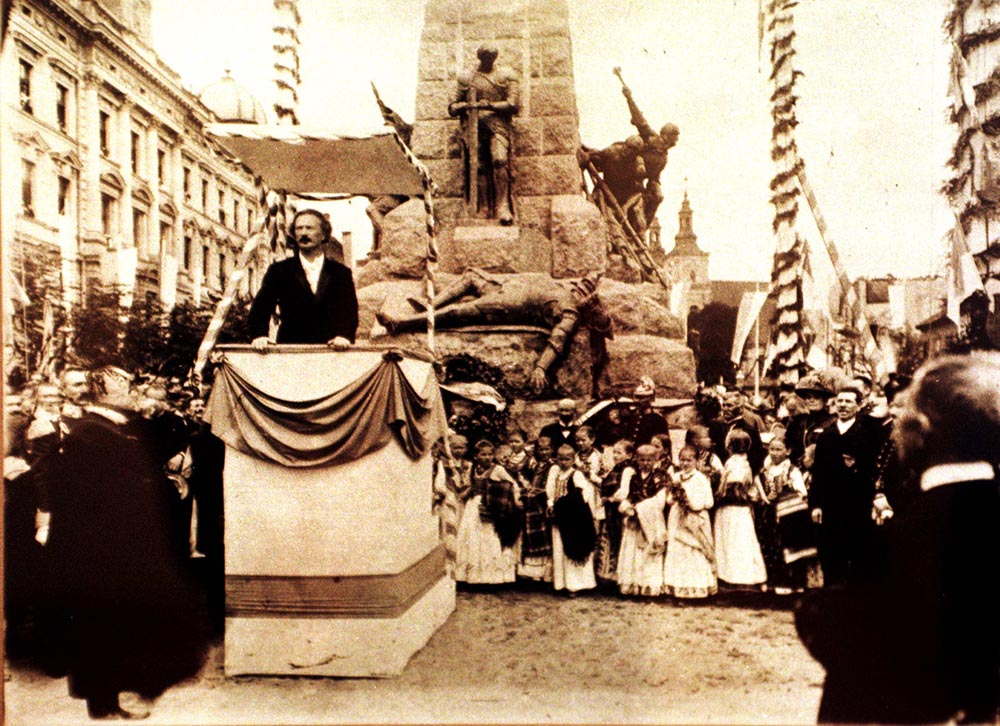 Ignacy Paderewski speaking during the ceremony of unveiling the monument of the Battle of Grunwald,14 July 1910, Photo: PAP