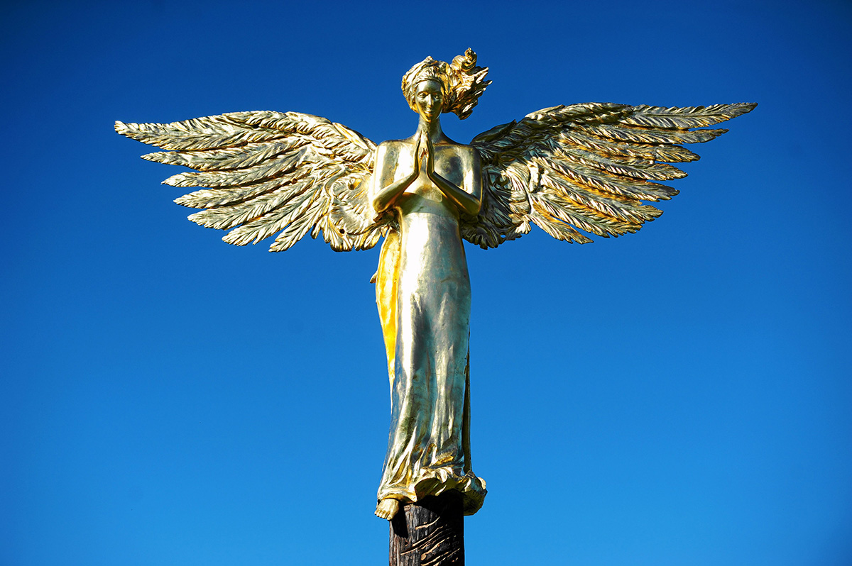 Anioł Stróż (Guardian Angel) by Roman Stańczak, Sculpture Park in Bródno, Warsaw, photo: Adam Stępień/AG