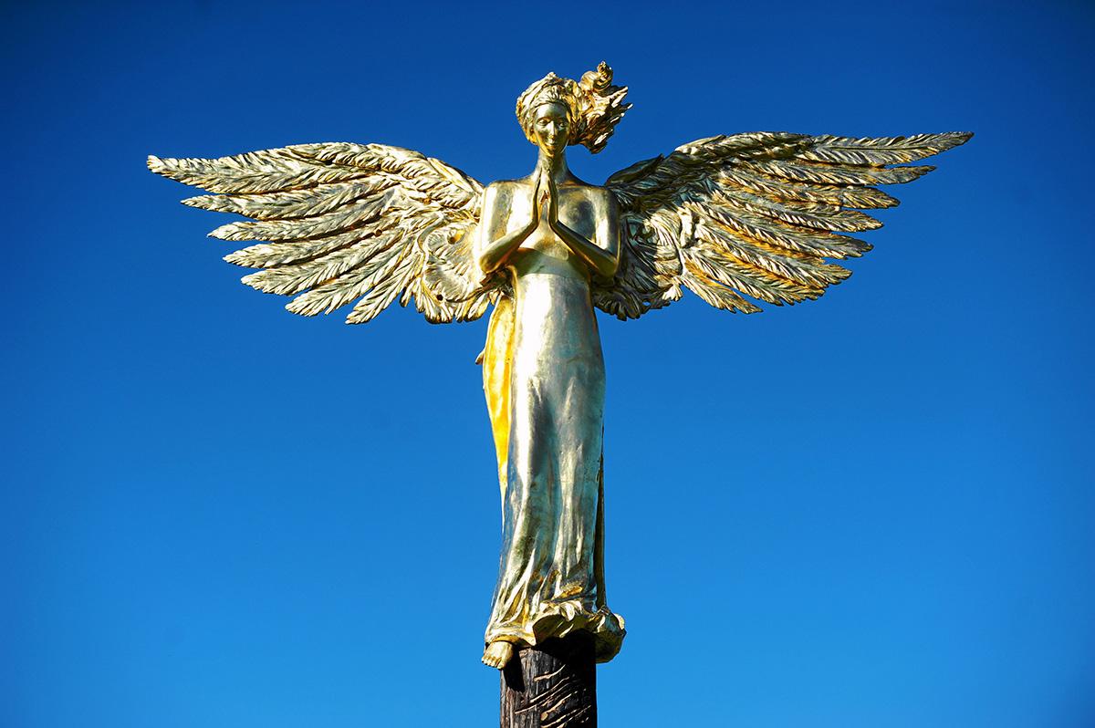 Anioł Stróż (Guardian Angel) by Roman Stańczak, Sculpture Park in Bródno, Warsaw, photo: Adam Stępień/AG