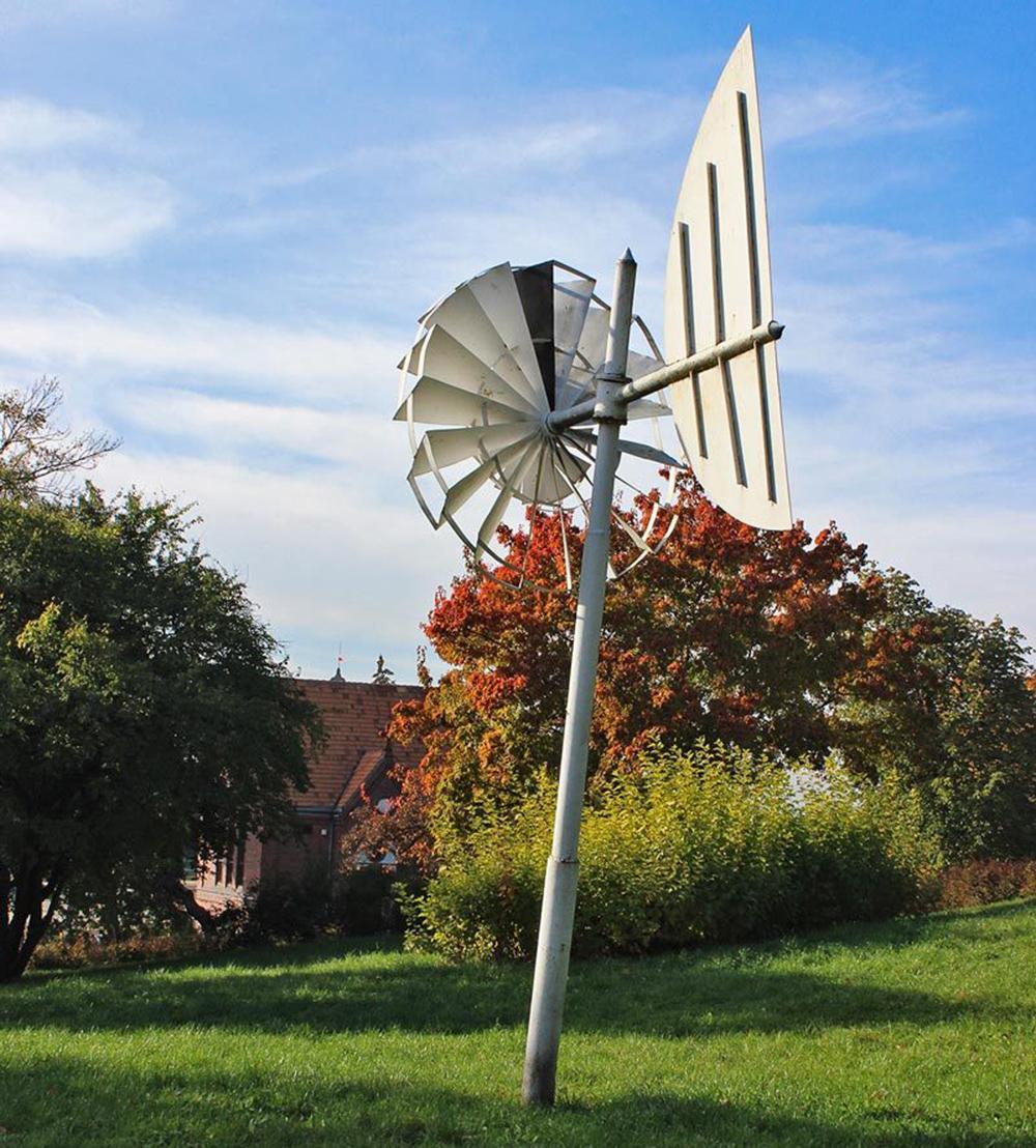 Untitled by Jan Chwałczyk,  a sculpture from the 1st Biennale of Spatial Forms, photo: Aleksandra Litorowicz (sztukapubliczna.pl)