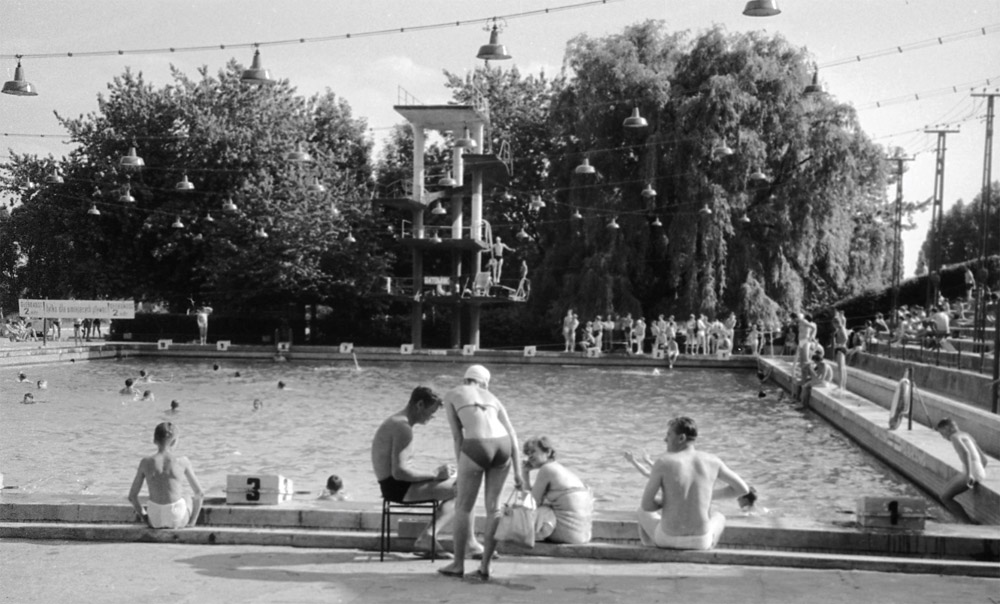 Legia Swimming Pool, photo source: Audiovis.nac.gov.pl (National Digital Archives)