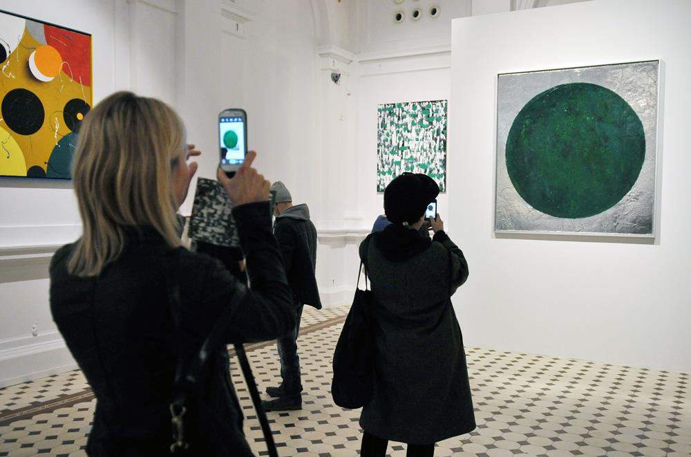 Photograph from the exhibition Przemysław Matecki. Rough at Zachęta – National Gallery of Art, 2015, photo by Marek Krzyżanek