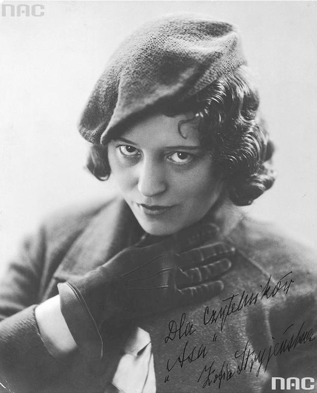 Zofia Stryjeńska, photo: National Digital Archive NAC
