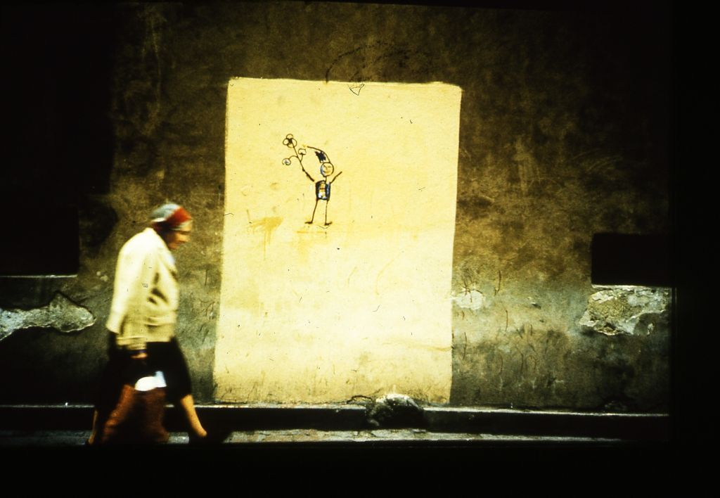 Dwarf graffiti during Martial Law in Poland, photo: Tomasz Sikorski